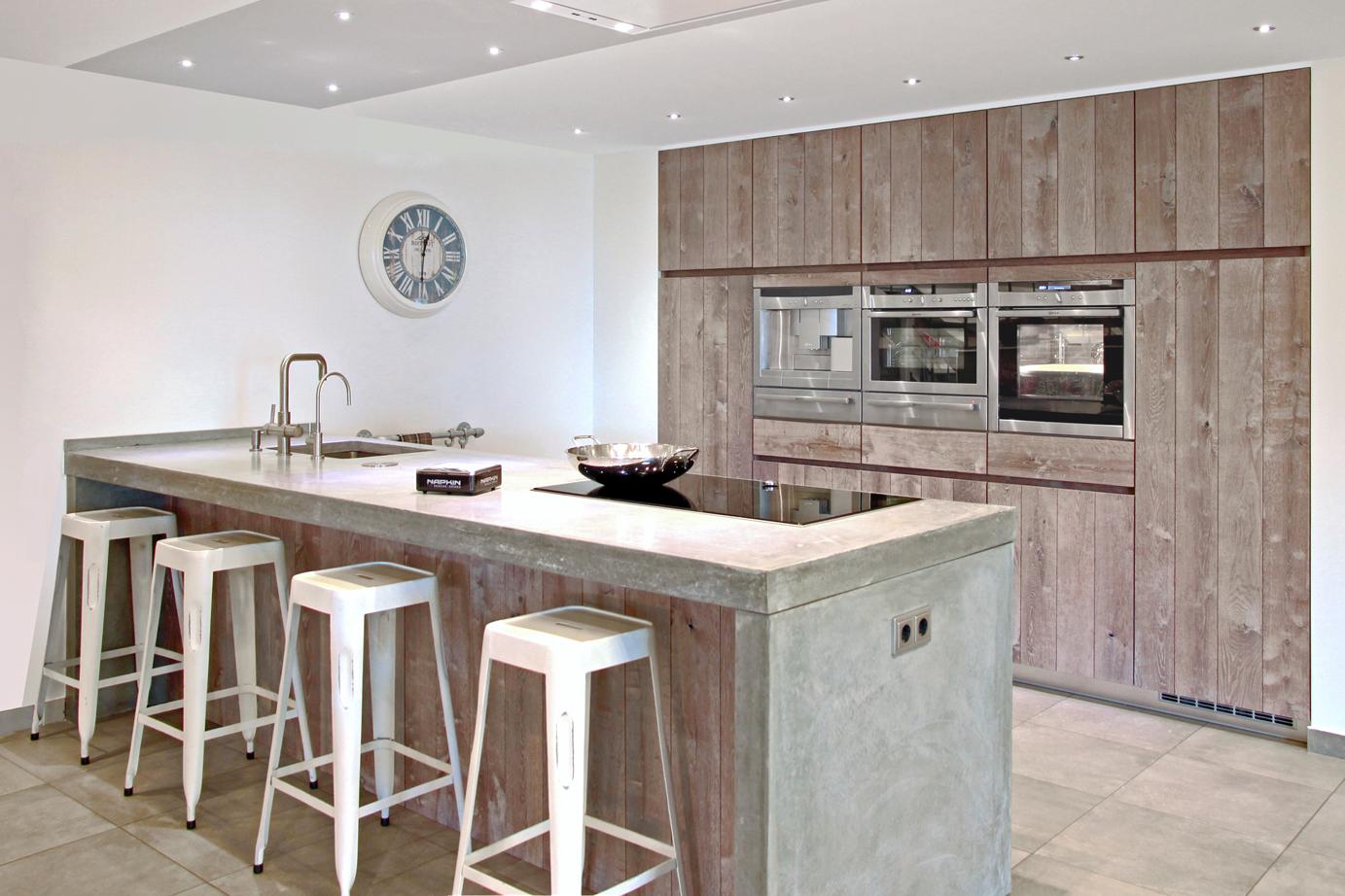 Keuken Losse Bar : Luxe keukens excellentic of op maat arma