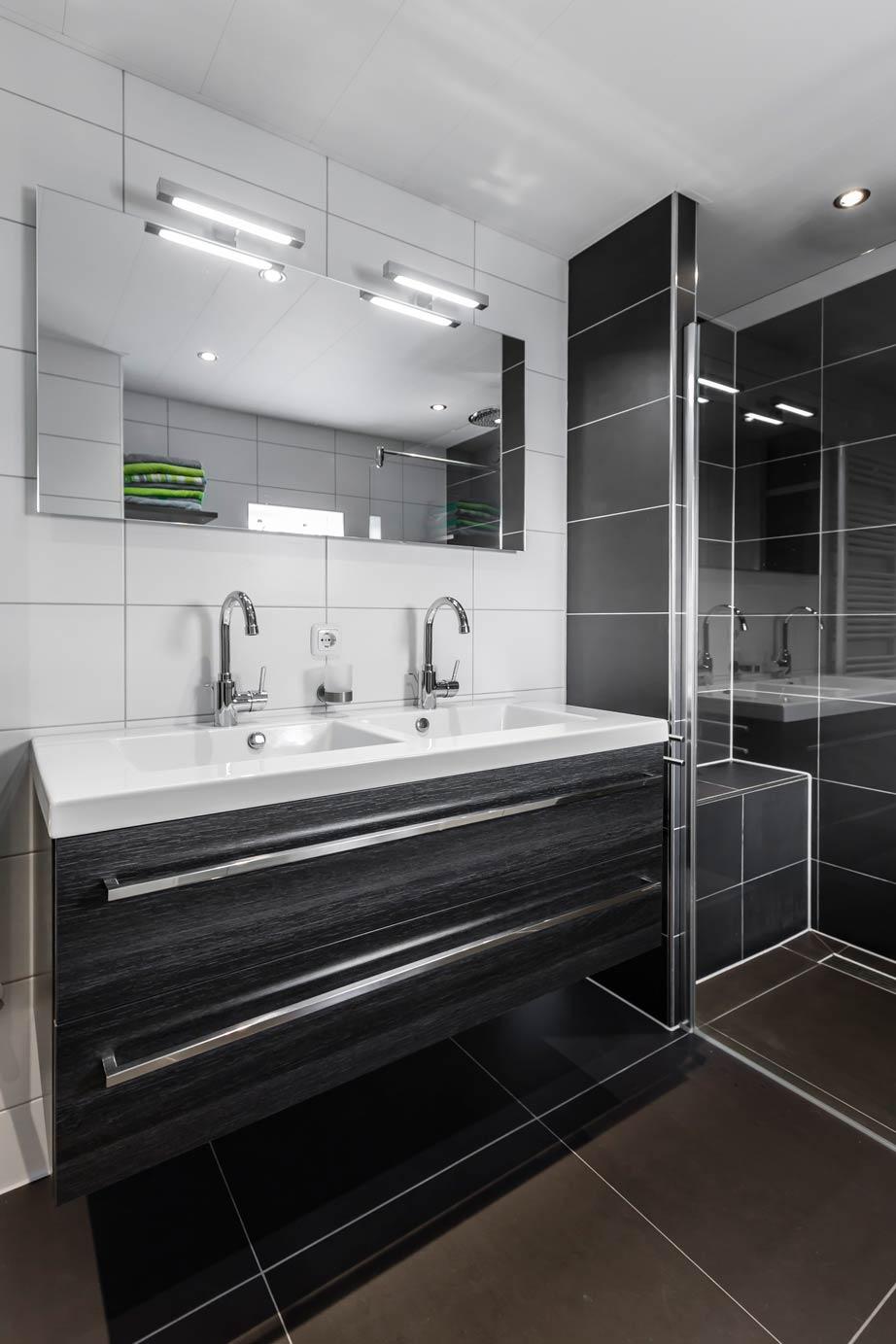 Moderne badkamer kopen in almere lees klantervaring arma