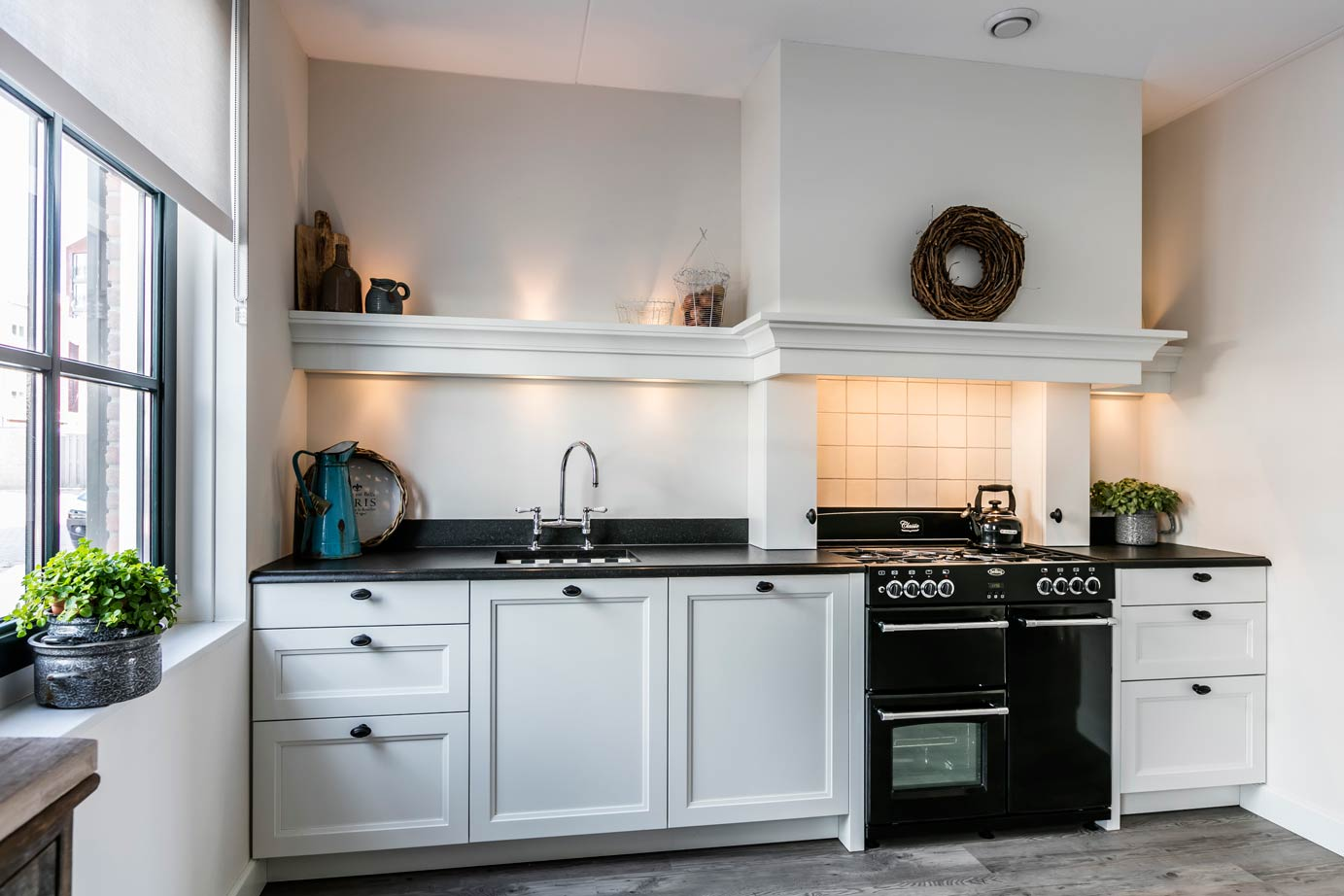 Wit Stoere Keuken : De beste witte keukens in midden nederland arma
