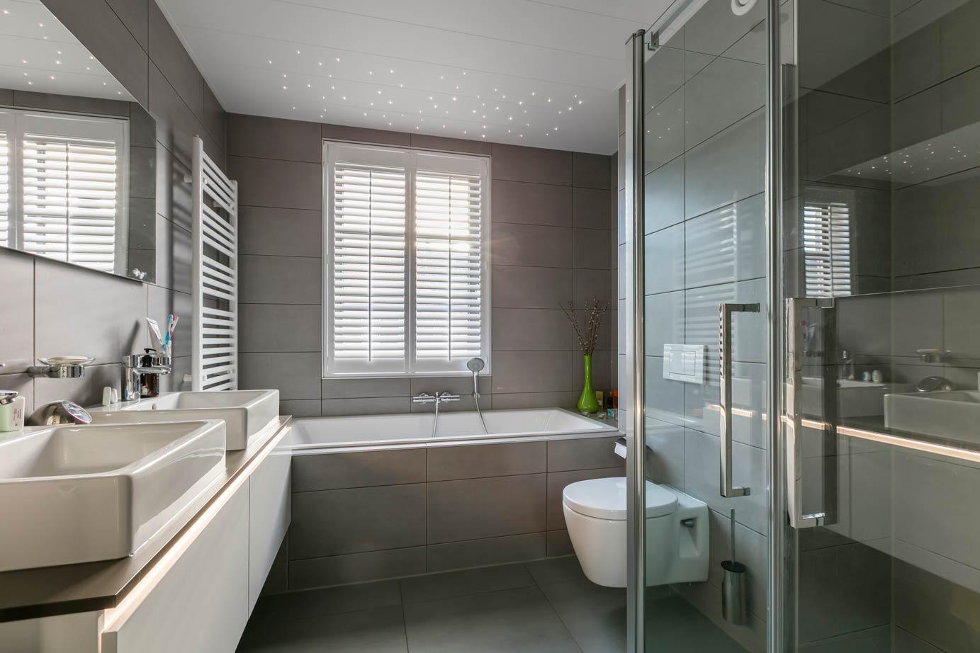 Moderne badkamer kopen in landsmeer arma