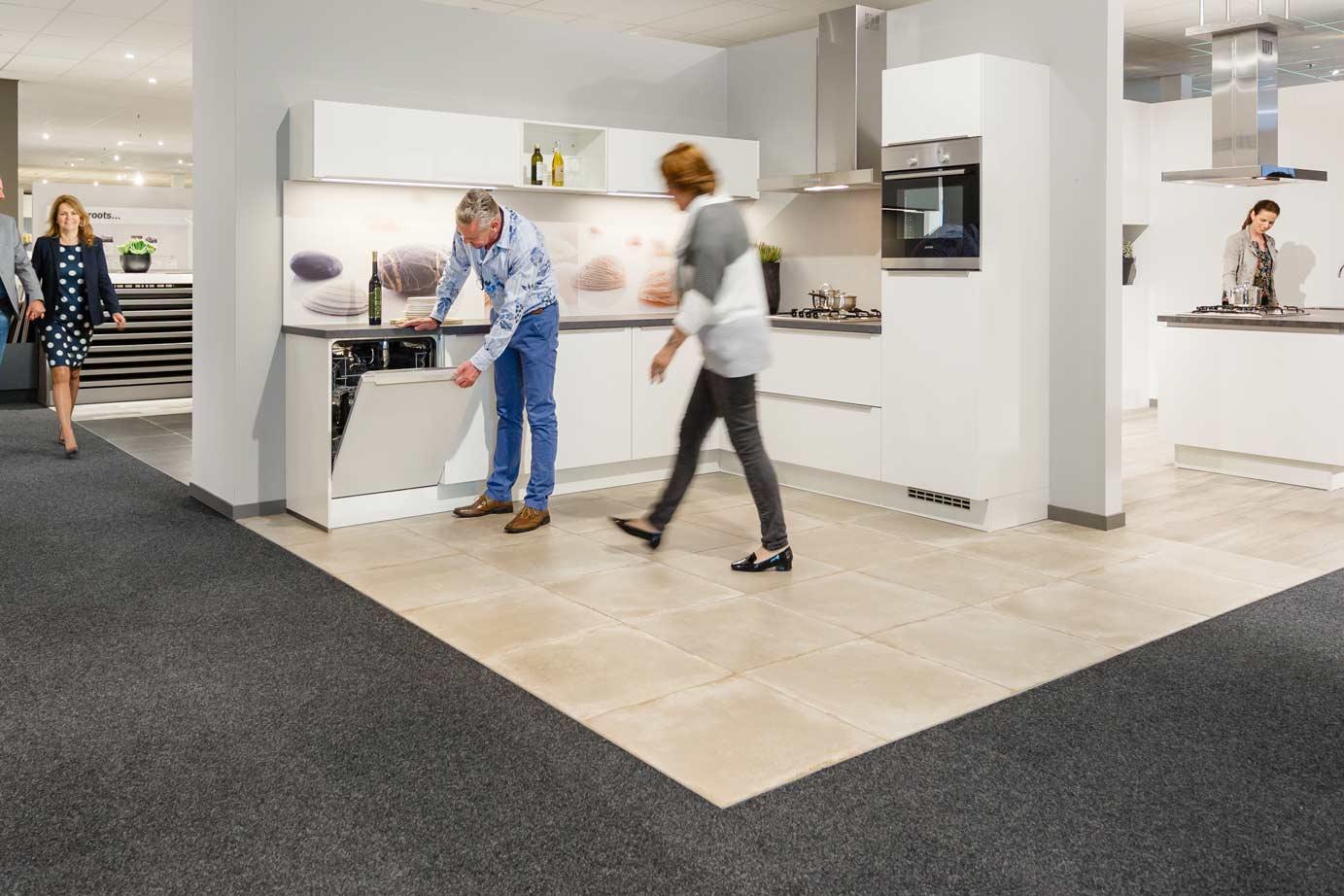Hoek Keukens Showroom : Hoekkeukens in iedere stijl en budget arma