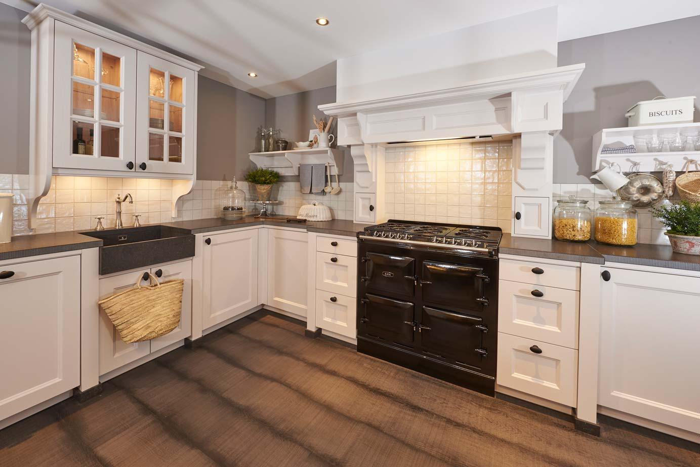 Grote Landelijke Keuken : Klassieke keuken kopen bekijk vele voorbeelden arma