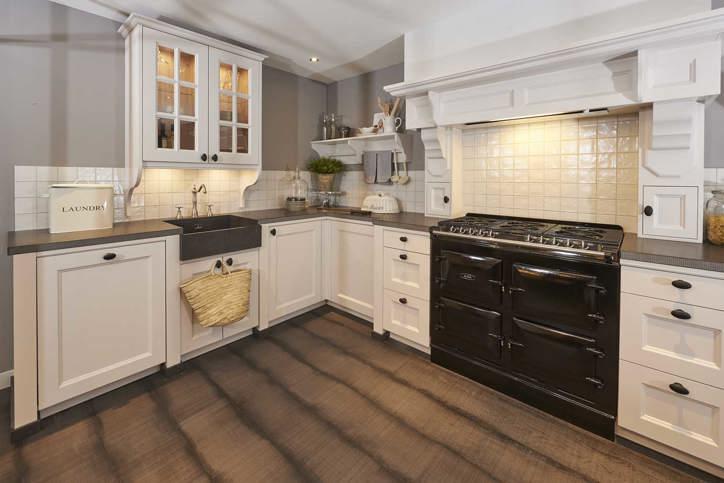 Witte Keuken Bovenkastjes : De beste witte keukens in midden nederland arma