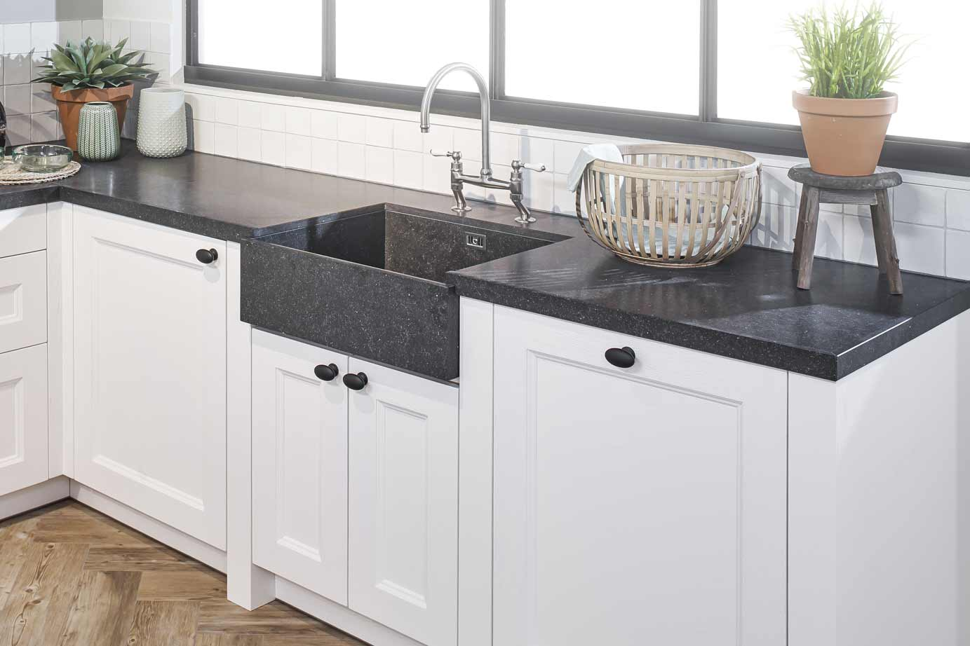 Witte Wasbak Keuken : Witte keuken spoelbak over italiaanse design keukens witte